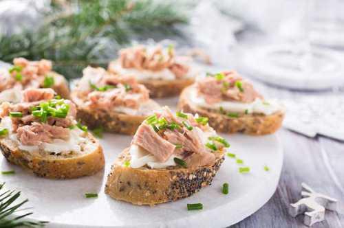 бутерброды с творожным сыром: рецепты с семгой, помидорами, ветчиной